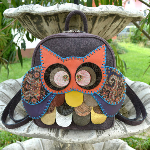Handmade-Owl-Purple-Leather-Backpack-Carmenittta