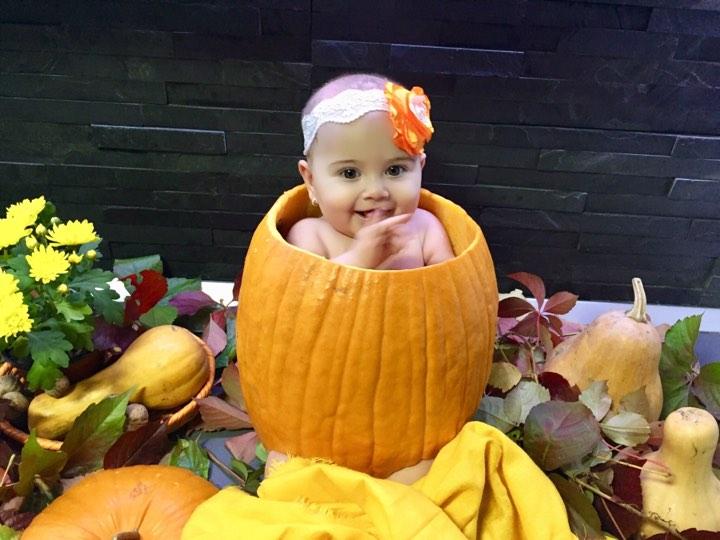 Bebe de Hallowwen - sedintă tematică de Halloween