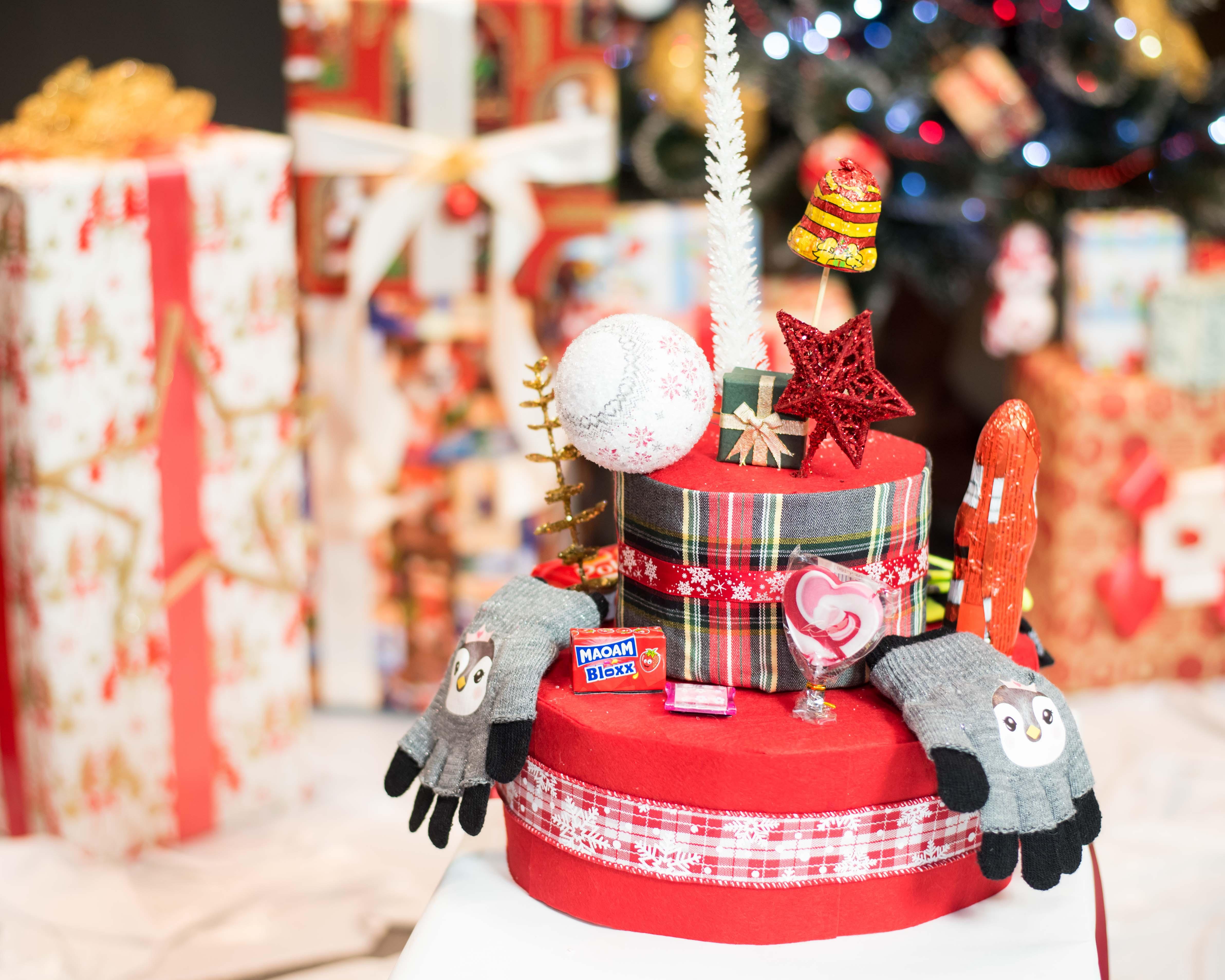 Bianca Voinea - Story Cake - cadou de Crăciun 2017