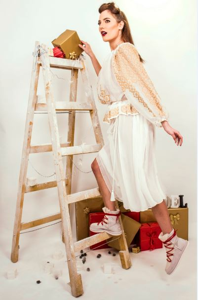Izabela Mandoiu - rochii de Sărbători